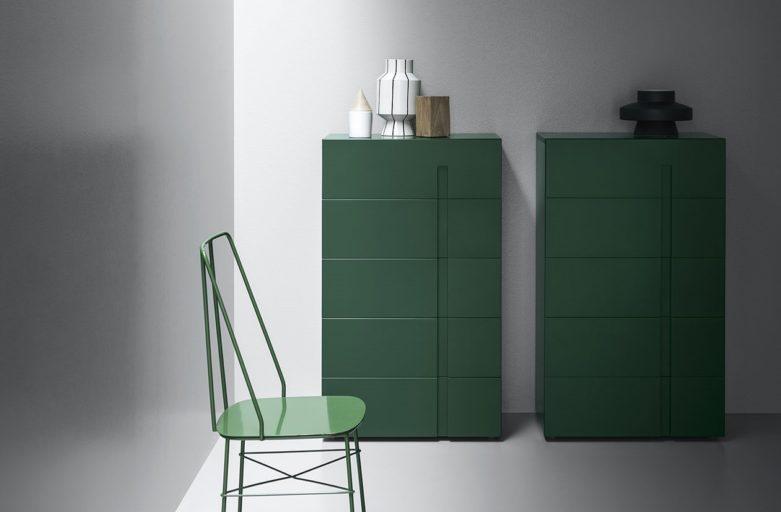 Roheline kapp sahtlitega Itaalia mööblitootjalt