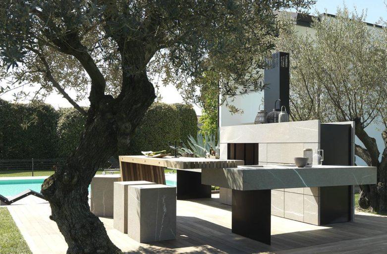 Kivist ja terasest hall väliköök